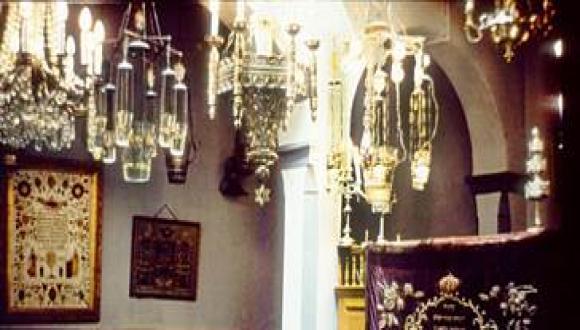 ממערב למזרח – סיפורם של יהודי מרוקו